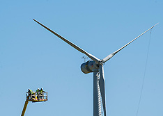 Wind Turbine repair | Loanstone | 20 April 2016