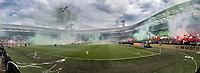 ROTTERDAM - Feyenoord - Heracles , Voetbal , Seizoen 2016/2017 , Eredivisie , Stadion Feyenoord - De Kuip , 14-05-2017 , Kampioenswedstrijd , Panorama overzicht de kuip voor opkomst spelers met veel rook, vuurwerk en fakkels