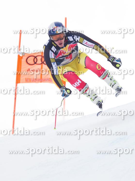 19.01.2016, Streif, Kitzbuehel, AUT, FIS Weltcup Ski Alpin, Kitzbuehel, 1. Abfahrtstraining, Herren, im Bild Erik Guay (CAN) // Erik Guay of Canada in action during 1st Training of the men's Downhill Race of Kitzbuehel FIS Ski Alpine World Cup at the Streif in Kitzbuehel, Austria on 2016/01/19. EXPA Pictures © 2016, PhotoCredit: EXPA/ Johann Groder