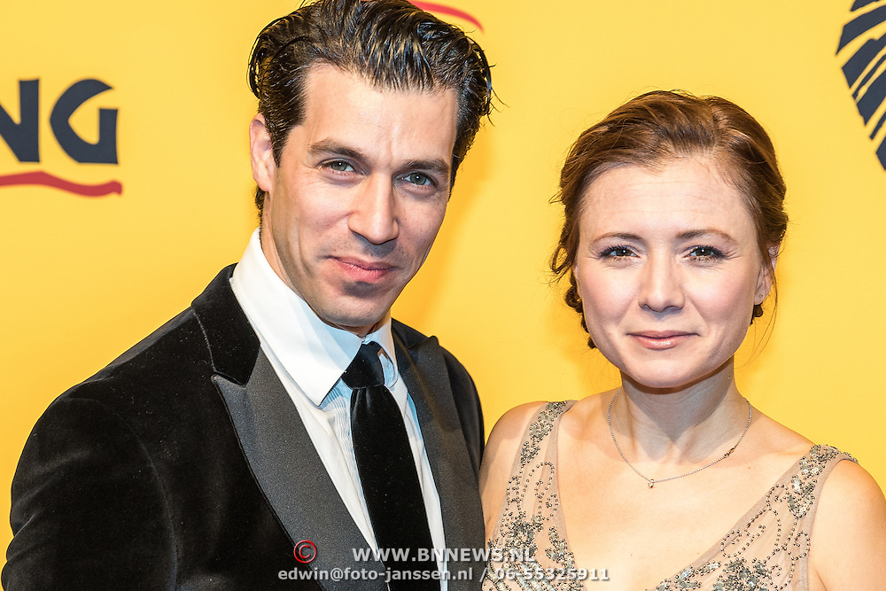 NLD/Scheveningen/20161030 - Premiere musical The Lion King, Oren Schrijver en partner Celine Purcell