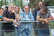 DRC Durgerdam. All Stars voetbaltoernooi. Op de foto: Thomas Acda, Jean van de Velde en Frank Lammers