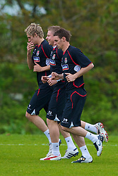 CARDIFF, WALES - Wednesday, May 19, 2010: Wales' David Edwards, Simon Church and Andy Dorman during a training session at the Vale of Glamorgan Hotel ahead of the International Friendly match against Croatia. (Pic by David Rawcliffe/Propaganda)