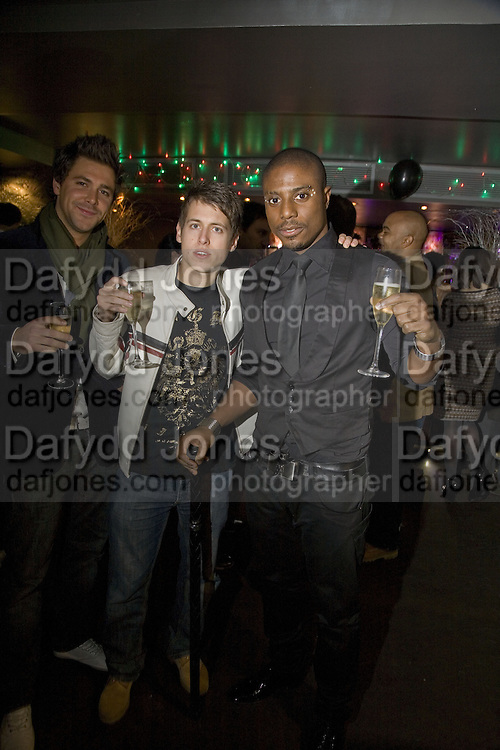 Adam Williams, Will Collin and  Leo Ihenacho OF THE STREETS. Party to launch CARAT a new diamond brand, Kitts. Sloane sq. London. 20 December 2007.  -DO NOT ARCHIVE-© Copyright Photograph by Dafydd Jones. 248 Clapham Rd. London SW9 0PZ. Tel 0207 820 0771. www.dafjones.com.