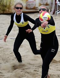 16-08-2014 NED: NK Beachvolleybal 2014, Scheveningen<br /> Sophie van Gestel, Sanne Keizer