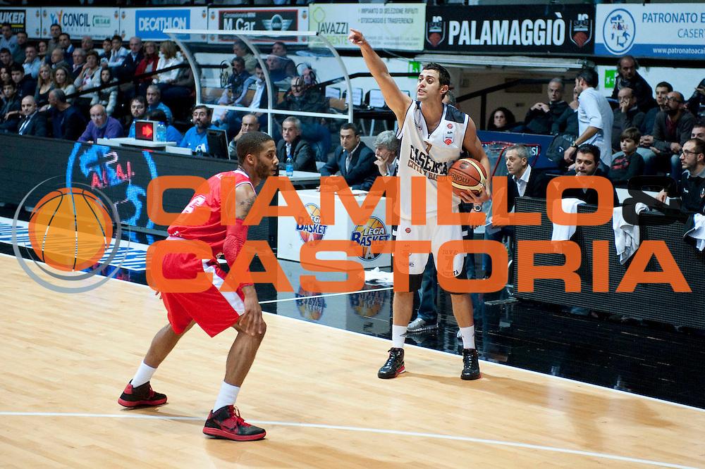 DESCRIZIONE : Caserta Lega A 2012-13 Juve Caserta Cimberio Varese<br /> GIOCATORE : Giuliano Maresca<br /> SQUADRA : Juve Caserta<br /> EVENTO : Campionato Lega A 2012-2013<br /> GARA : Juve Caserta Cimberio Varese<br /> DATA : 04/11/2012<br /> CATEGORIA : Chiamata schema<br /> SPORT : Pallacanestro<br /> AUTORE : Agenzia Ciamillo-Castoria/G.Buco<br /> Galleria : Lega Basket A 2012-2013<br /> Fotonotizia : Caserta Lega A 2012-13 Juve Caserta Cimberio Varese<br /> Predefinita :