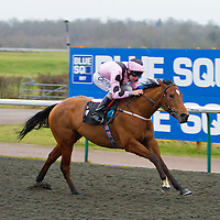 Pale Orchid and Luke Morris winning the 4.30 race