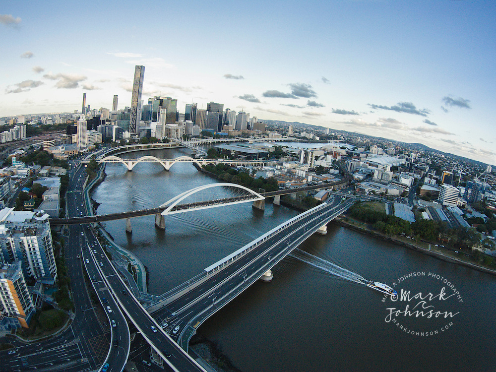 Aerial photograph of Brisbane city and Brisbane River, Queensland, Australia