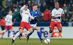 08.12.2016, Red Bull Arena, Salzburg, AUT, UEFA EL, FC Red Bull Salzburg vs Schalke 04, Gruppe I, im Bild Josip Radosevic (FC Red Bull Salzburg), Fabian Reese (FC Schalke 04), Andre Wisdom (FC Red Bull Salzburg) // during the UEFA Europa League group I match between FC Red Bull Salzburg and Schalke 04 at the Red Bull Arena in Salzburg, Austria on 2016/12/08. EXPA Pictures © 2016, PhotoCredit: EXPA/ JFK