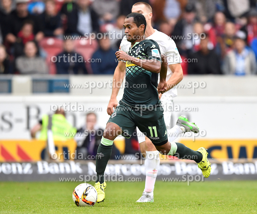 26.09.2015, Mercedes Benz Arena, Stuttgart, GER, 1. FBL, VfB Stuttgart vs Borussia Moenchengladbach, 7. Runde, im Bild Raffael Borussia Moenchengladbach erzielt TOR zum 1:3 // during the German Bundesliga 7th round match between VfB Stuttgart and Borussia Moenchengladbach at the Mercedes Benz Arena in Stuttgart, Germany on 2015/09/26. EXPA Pictures &copy; 2015, PhotoCredit: EXPA/ Eibner-Pressefoto/ Weber<br /> <br /> *****ATTENTION - OUT of GER*****