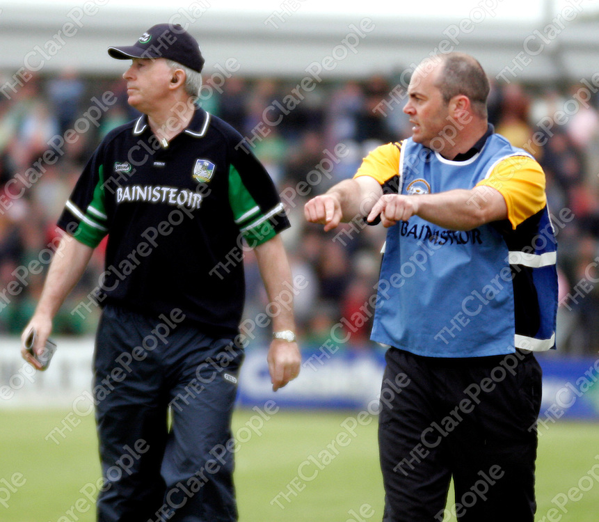 Clare manager Anthony Daly shouts his instructions from the side line during their championship clash against Limerick in Cusack Park on Sunday evening.<br /><br /><br /><br />Photograph by Yvonne Vaughan.