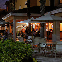 USA, Florida, Orlando. The outdoor bar at  Rosen Shingle Creek Resort.