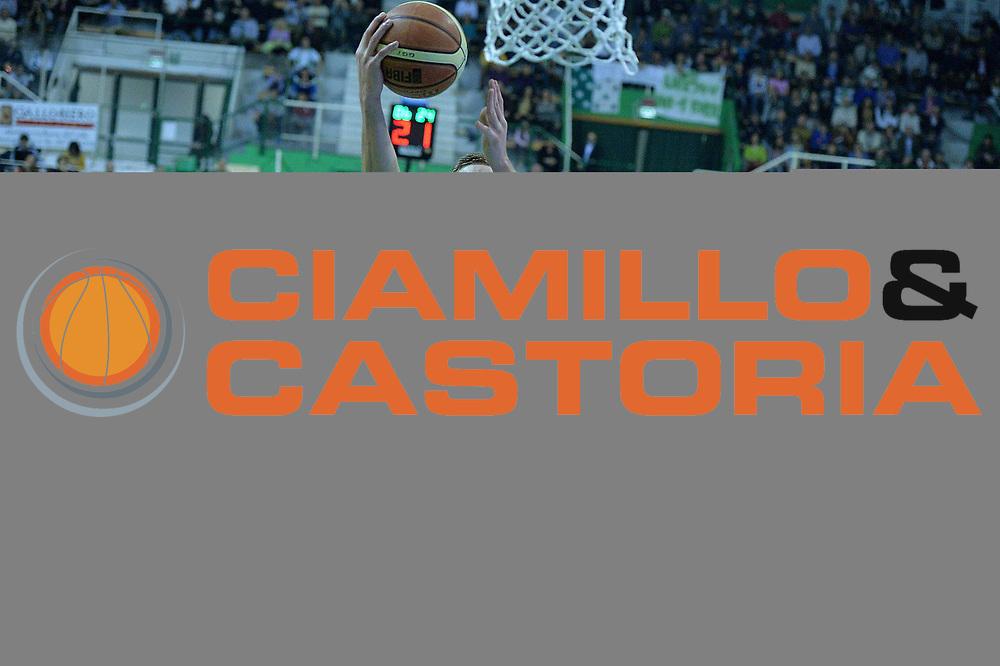 DESCRIZIONE : Siena Lega serie A 2013/14 Montepaschi Siena Granarolo Bologna<br /> GIOCATORE : gaddefors viktor<br /> CATEGORIA : tiro gancio<br /> SQUADRA : Granarolo Bologna<br /> EVENTO : Campionato Lega Serie A 2013-2014<br /> GARA : Montepaschi Siena Granarolo Bologna<br /> DATA : 28/10/2013<br /> SPORT : Pallacanestro<br /> AUTORE : Agenzia Ciamillo-Castoria/M.Greco<br /> Galleria : Lega Seria A 2013-2014<br /> Fotonotizia : Siena Lega serie A 2013/14 Montepaschi Siena Granarolo Bologna<br /> Predefinita :