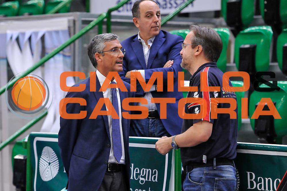 DESCRIZIONE : Campionato 2014/15 Serie A Beko Semifinale Playoff Gara4 Dinamo Banco di Sardegna Sassari - Olimpia EA7 Emporio Armani Milano<br /> GIOCATORE : Fernando Marino Federico Pasquini<br /> CATEGORIA : Fair Play Before Pregame<br /> SQUADRA : Dinamo Banco di Sardegna Sassari<br /> EVENTO : LegaBasket Serie A Beko 2014/2015 Playoff<br /> GARA : Dinamo Banco di Sardegna Sassari - Olimpia EA7 Emporio Armani Milano Gara4<br /> DATA : 04/06/2015<br /> SPORT : Pallacanestro <br /> AUTORE : Agenzia Ciamillo-Castoria/L.Canu<br /> Galleria : LegaBasket Serie A Beko 2014/2015
