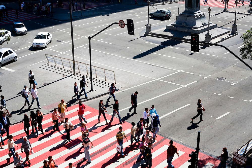 Belo Horizonte_MG, Brasil..Praca Sete de Setembro na Avenida Afonso Pena em Belo Horizonte, Minas Gerais...The September Seven Square on the Afonso Pena avenue in Belo Horizonte, Minas Gerais...Foto: JOAO MARCOS ROSA /  NITRO