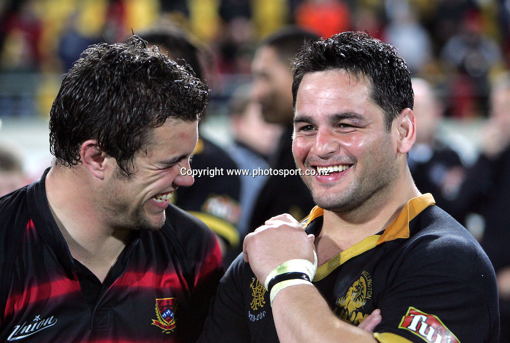 Canterbury's Arran Mauger and Wellington's Joe MacDonell share a laugh after the NPC Div 1 Final, Saturday 24 October 2004,Westpac Stadium, Wellington, New Zealand. Canterbury defeated Wellington 40-27.<br />