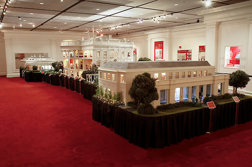 Scale model of white house