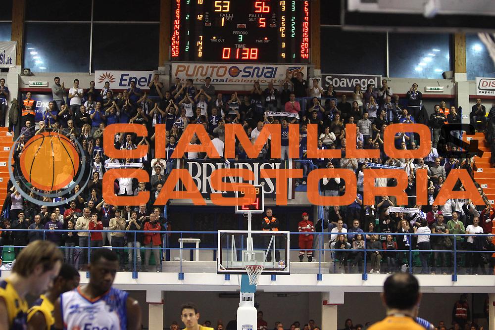 DESCRIZIONE : Brindisi Lega A 2010-11 Enel Brindisi Fabi Montegranaro <br /> GIOCATORE : tifosi<br /> SQUADRA : Enel Brindisi  <br /> EVENTO : Campionato Lega A 2010-2011<br /> GARA : Enel Brindisi Fabi Montegranaro <br /> DATA : 05/12/2010<br /> CATEGORIA : tifosi curva<br /> SPORT : Pallacanestro<br /> AUTORE : Agenzia Ciamillo-Castoria/C.De Massis<br /> Galleria : Lega Basket A 2010-2011<br /> Fotonotizia : Brindisi Lega A 2010-11 Enel Brindisi Fabi Montegranaro <br /> Predefinita :