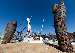 08-02-2018 KOR: Olympic Games day -1, Pyeongchang<br /> Working on a sculpture in the Alpensia Sports Park during a preliminary reports to the Olympic Winter Games 'PyeongChang 2018' at the Alpensia Sports Park in Pyeongchang, South Korea on 2018/02/04<br /> <br /> *** USE NETHERLANDS ONLY ***