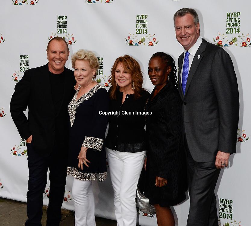 05/29/14 New York City ,  / Michael Kors, Bette Midler, Marlo Thomas, Chirlane McCray, Mayor Bill DeBlasio at Bette Midler's NYRP 13th Annual Spring Picnic /