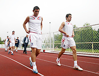 Photo: Chris Ratcliffe.<br />England Training Session. FIFA World Cup 2006. 28/06/2006.<br />Frank Lampard and Joe Cole arrives for training.