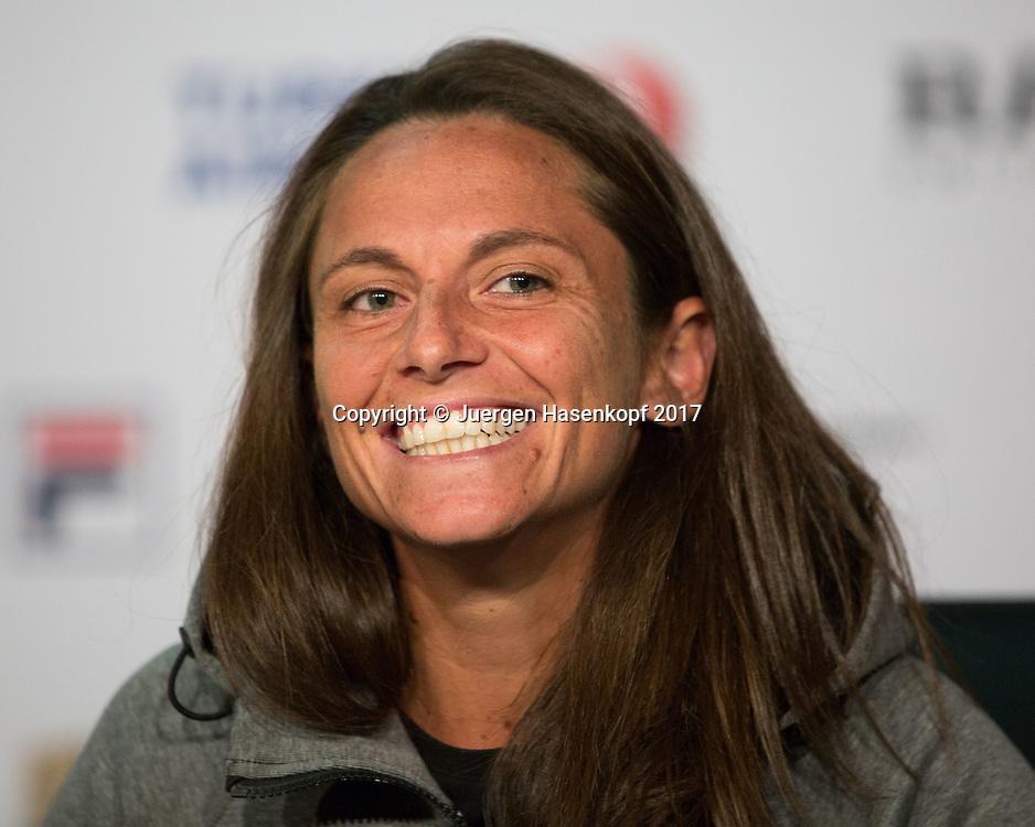 Porsche Tennis Grand Prix 2017 -  WTA - Porsche-Arena  - Stuttgart -  - Germany  - 24 April 2017. <br /> ROBERTA VINCI (ITA), Pressekonferenz, Portrait,