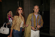 KARI-ANN AND CHRIS JAGGER,  Private view for three exhibitions, Sixties Fashion, Sixties Graphics and Che Guevara: Revolutionary and Icon. V&A, 5 June 2006. ONE TIME USE ONLY - DO NOT ARCHIVE  © Copyright Photograph by Dafydd Jones 66 Stockwell Park Rd. London SW9 0DA Tel 020 7733 0108 www.dafjones.com