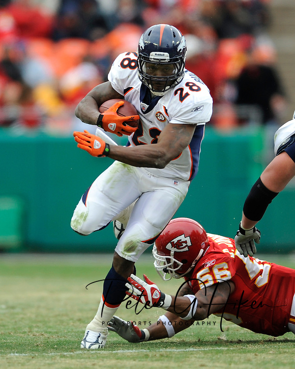 December 6, 2009:  Running back Correll Buckhalter #28 of the Denver Broncos rushes up field in the second half against the Kansas City Chiefs at Arrowhead Stadium in Kansas City, Missouri.  The Broncos defeated the Chiefs 44-13...
