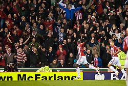 13.11.2010, Britannia Stadium, Stoke, ENG, PL, Stoke City vs Liverpool FC, im Bild Stoke City's Kenwyne Jones celebrates scoring his side's second goal against Liverpool during the Premiership match at the Britannia Stadium, EXPA Pictures © 2010, PhotoCredit: EXPA/ Propaganda/ D. Rawcliffe *** ATTENTION *** UK OUT!