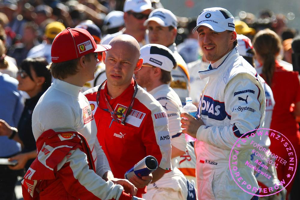 29.03.2009 Melbourne, Australia, .Kimi Raikkonen (FIN), Räikkönen, Scuderia Ferrari and Robert Kubica (POL), BMW Sauber F1 Team - Formula 1 World Championship, Rd 1, Australian Grand Prix, Sunday .FOT. XPB.CC / WROFOTO.*** POLAND ONLY !!! ***.*** NO INTERNET / MOBILE USAGE !!! ***