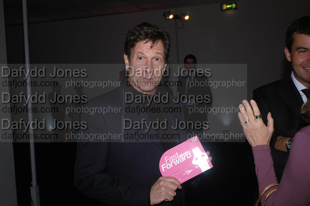 Michael Brandon. Moet champagne reception, FAST FORWARD - a fundraising event for the National Theatre,  The former Saatchi Gallery, London NW8. 24 February 2005. ONE TIME USE ONLY - DO NOT ARCHIVE  © Copyright Photograph by Dafydd Jones 66 Stockwell Park Rd. London SW9 0DA Tel 020 7733 0108 www.dafjones.com