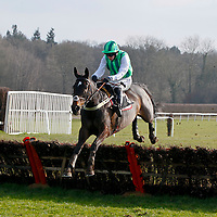 Jean Fleming and T J O'Brien winning the 2.40 race