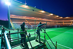 PLYMOUTH, ENGLAND - Wednesday, January 18, 2017: Construction work one a temporary stand continues just a few hours before kick-off during the FA Cup 3rd Round Replay match between Plymouth Argyle and Liverpool at Home Park. (Pic by David Rawcliffe/Propaganda)