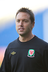 CARDIFF, WALES - Tuesday, August 9, 2011: Wales' head of performance Damien Roden during a training session at the Cardiff City Satdium ahead of the International Friendly match against Australia. (Photo by David Rawcliffe/Propaganda)