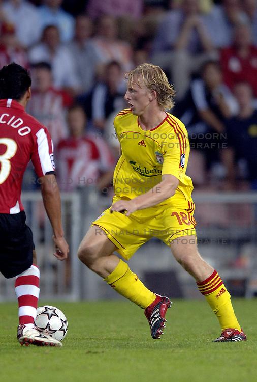 12-09-2006 VOETBAL: CHAMPIONS LEAGUE: PSV - LIVERPOOL: EINDHOVEN<br /> PSV en Liverpool eindigt zoals ze begonnen zijn 0-0 / Dirk Kuyt<br /> &copy;2006-WWW.FOTOHOOGENDOORN.NL
