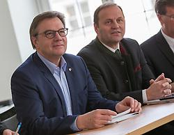 09.03.2018, Landhaus, Innsbruck, AUT, Regierungsbildung in Tirol 2018, Start der Koalitionsgespräche in Tirol zwischen ÖVP und Grünen, im Bild Landehauptmann Günther Platter und Landeshauptmann-Stellvertreter Josef Geisler // during the start of the coalition talks in Tyrol between the ÖVP and the Greens at the Landhaus in Innsbruck, Austria on 2018/03/09. EXPA Pictures © 2018, PhotoCredit: EXPA/ Jakob Gruber