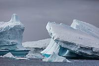 Icy Antarctic scenery.