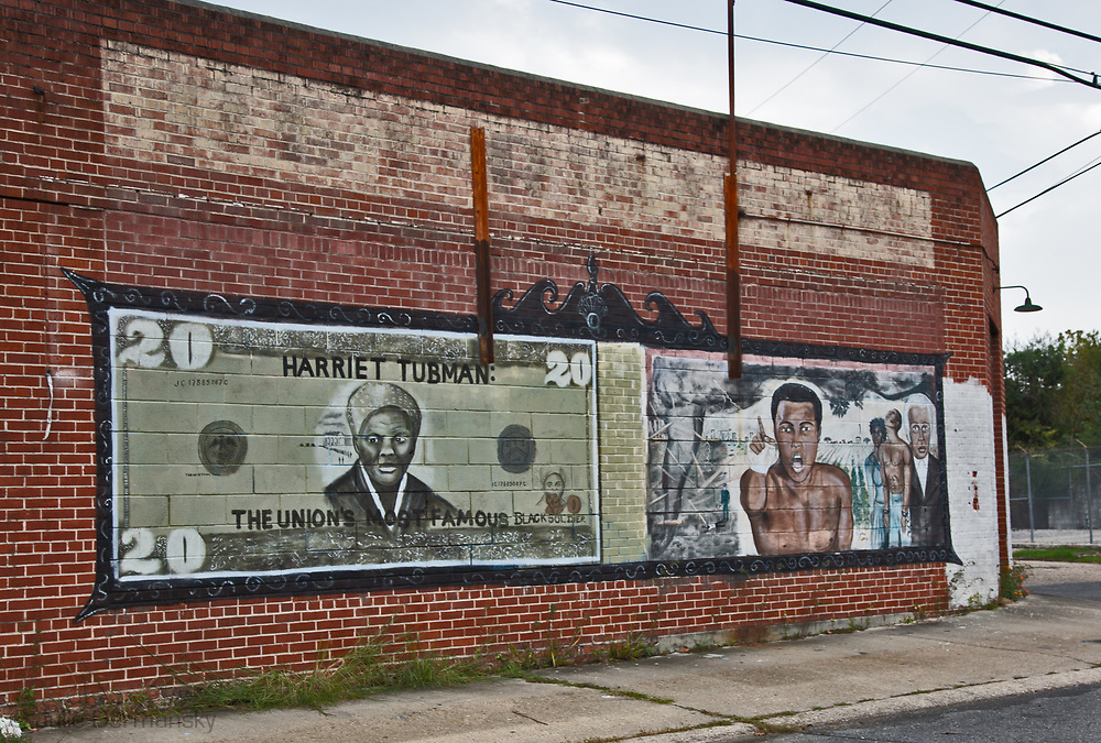 Harriet Tubman and Muhammad Ali on a mural in Baton Rouge Louisana.