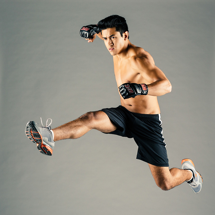Crossfit training. Photographed by advertising photographer Nathan Lindstrom