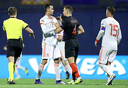 ZAGREB, Nov. 15, 2018  Sergio Busquets (L) of Spain and Ivan Perisic (R) of Croatia fight during the UEFA Nations League A group 4 match between Croatia and Spain at Maksimir stadium in Zagreb, Croatia, on November 15. Croatia won 3:2. (Credit Image: © Igor Kralj/Pixsell/Xinhua via ZUMA Wire)