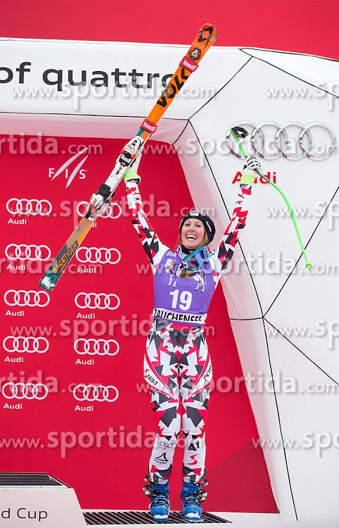 09.01.2016, Keelberloch Rennstrecke, Altenmarkt Zauchensee, AUT, FIS Weltcup Ski Alpin, Zauchensee, Abfahrt, Damen, Podium, im Bild Cornelia Huetter (AUT, 3. Platz) // third placed Cornelia Huetter of Austria celebrate on Podium after ladies Downhill of the Zauchensee FIS Ski Alpine World Cup at the Keelberloch Rennstrecke in Altenmarkt Zauchensee, Austria on 2016/01/09. EXPA Pictures © 2016, PhotoCredit: EXPA/ Johann Groder