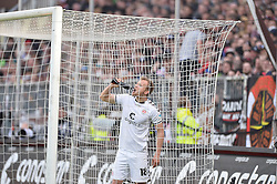 Football: Germany, 2. Bundesliga, 17.05.2015<br />Wasser statt Sekt: Lennart Thy (FC St. Pauli, #18)<br />© pixathlon