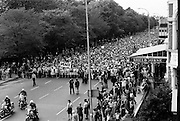 Thousands took part in the Women's Peace March, organised as part of the Peace Movement set up by Betty Williams and Mairead Maguire in Northern Ireland. The march went from St. Stephen's Green to Leinster House, to plead for peace and an end to the continuing violence in Northern Ireland. <br />