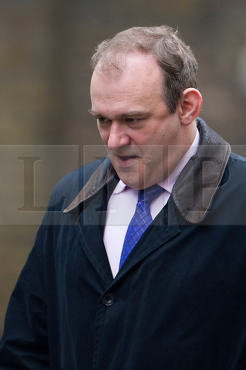 © London News Pictures. 19/03/2013. London, UK.    Secretary of State for Energy and Climate Change ED DAVEY arriving on Downing Street in London for cabinet meeting.  Ed Davey has given consent for a new nuclear power plant at Hinkley Point in Somerset. Photo credit: Ben Cawthra/LNP.