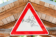 lustiges Schild, Buchfart, Thüringen, Deutschland | funny sign, Buchfart, Thuringia, Germany