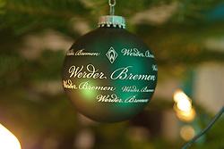 12.12.2010, Hudson, Bremen, GER, Weihnachtsfeier Werder Bremen, im Bild auch  gruene Weihnachtskugeln schmueckten den Baum im HUdson    EXPA Pictures © 2010, PhotoCredit: EXPA/ nph/  Kokenge       ****** out ouf GER ******