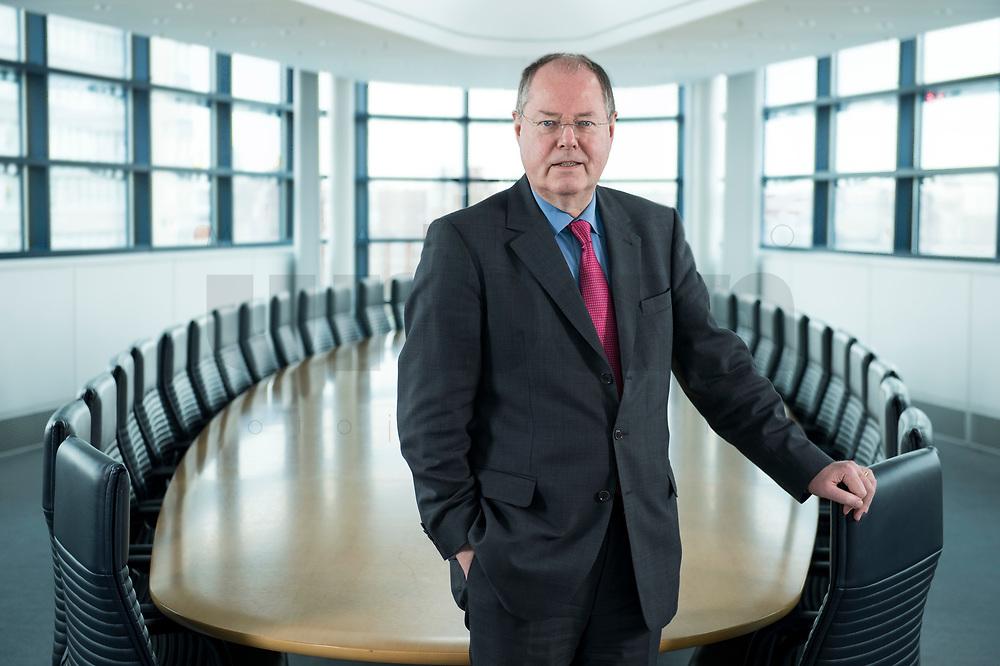 01 FEB 2013, BERLIN/GERMANY:<br /> Peer Steinbrueck, SPD Kanzlerkandidat und Bundesminsiter a.D., Sitzungssaal in der Spitze, 6. Stock, der ehem. Sitzungsaal für das SPD Praesdium, Willy-Brandt-Haus<br /> IMAGE: 20130201-01-011<br /> KEYWORDS: Peer Steinbrück