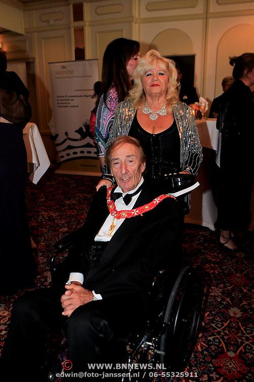 NLD/Noordwijk/20110924 - Kika Grand Gala 2011, Fra' Andrew W. N. Bertie 78ste Prins en Grand Master van de Order of Malta, en Maria Angelique Caruana