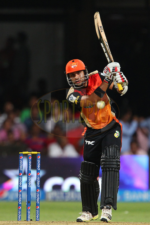 Naman Ohja during match 24 of the Pepsi Indian Premier League Season 2014 between the Royal Challengers Bangalore and the Sunrisers Hyderabad held at the M. Chinnaswamy Stadium, Bangalore, India on the 4th May  2014<br /> <br /> Photo by Ron Gaunt / IPL / SPORTZPICS<br /> <br /> <br /> <br /> Image use subject to terms and conditions which can be found here:  http://sportzpics.photoshelter.com/gallery/Pepsi-IPL-Image-terms-and-conditions/G00004VW1IVJ.gB0/C0000TScjhBM6ikg