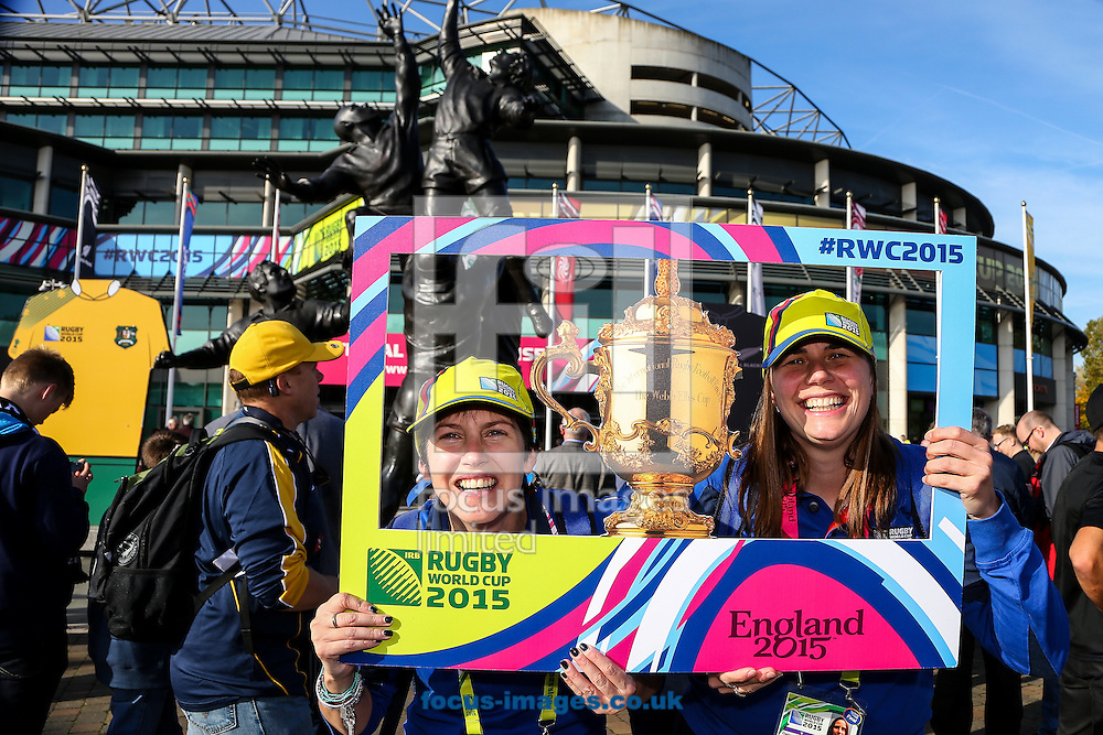 Twickenham volunteers before the final of the 2015 Rugby World Cup at Twickenham Stadium, Twickenham<br /> Picture by Andy Kearns/Focus Images Ltd 0781 864 4264<br /> 31/10/2015