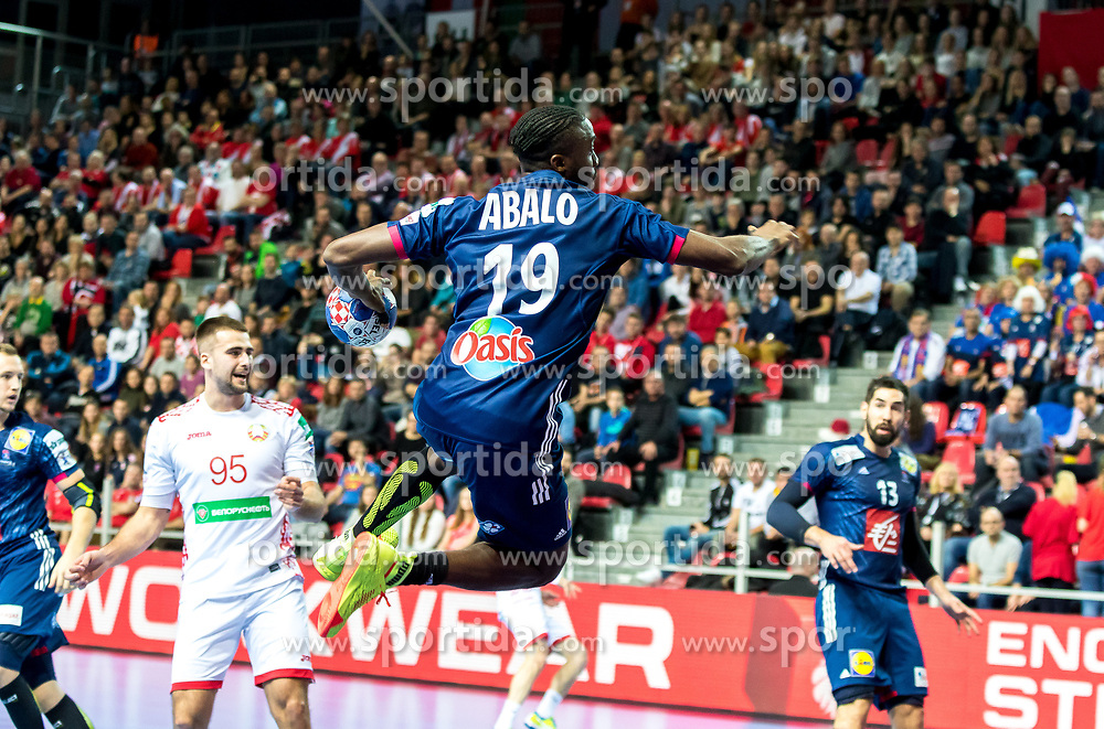 12.05.2017, Zatika Sport Centre, Porec, CRO, EHF EM, Herren, Frankreich vs Weissrussland, Gruppe B, im Bild Luc Abalo (FRA) // during the preliminary round, group B match of the EHF men's Handball European Championship between France and Belarus at the Zatika Sport Centre in Porec, Croatia on 2017/05/12. EXPA Pictures © 2018, PhotoCredit: EXPA/ Sebastian Pucher